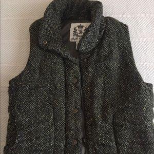 Cozy zip up vest